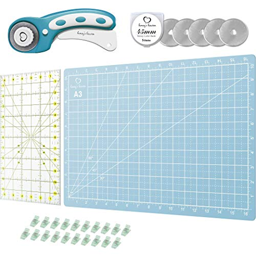 Rotary Cutter, Cutting Mat and Ruler Kit