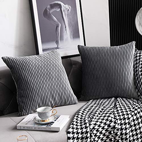 DEZENE Fodere per Cuscini Decorativi a Righe Grigie: Confezione da 2, 50 cm x 50 cm, Fodere per Cuscini Quadrati Originali in Velluto per Divano Letto