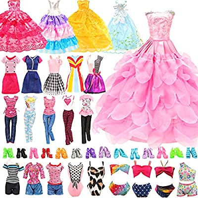 👗 Package Includes: 22 pack doll clothes and accessories= 4 pcs fashion dresses + 2 pcs casual wear clothes + 2 Pcs wedding gown dresses + 4 sets bikini swimsuits + 10 pcs shoes for 11.5 inch Girl Doll (Random style) 👙 Suitable for: These clothes and...