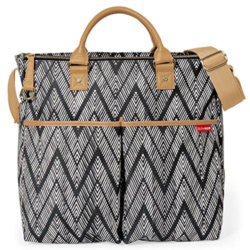 Skip Hop Messenger Diaper Bag with Matching Changing Pad, Duo Signature, Zig Zag Zebra