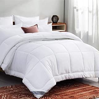 Bedsure White Down Alternative Comforter Queen- All Season Quilted Lightweight Comforter..