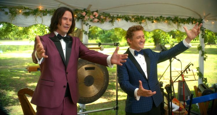 Keanu Reeves and Alex Winter in Bill & Ted Face the Music (2020)