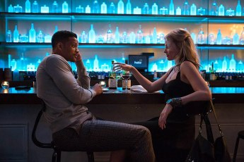 Will Smith and Margot Robbie in Focus (2015)