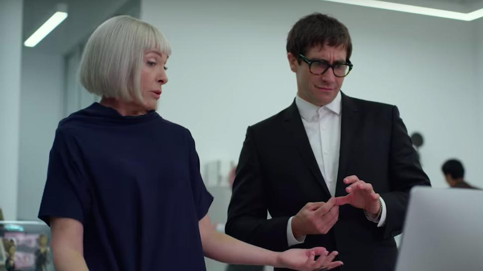 Toni Collette and Jake Gyllenhaal in Velvet Buzzsaw (2019)