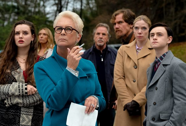 Jamie Lee Curtis, Don Johnson, Toni Collette, Michael Shannon, Riki Lindhome, Jaeden Martell, and Katherine Langford in Knives Out (2019)