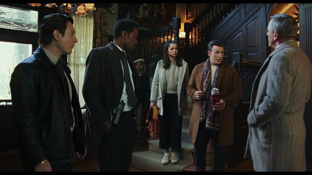 Daniel Craig, Chris Evans, Noah Segan, Ana de Armas, and LaKeith Stanfield in Knives Out (2019)