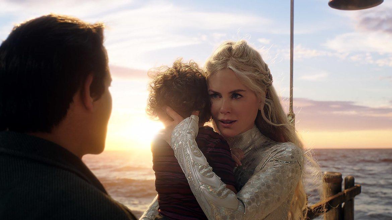 Nicole Kidman, Temuera Morrison, Tamor Kirkwood, and Tainui Kirkwood in Aquaman (2018)