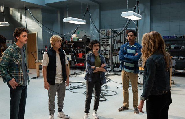 Jessica Rothe, Israel Broussard, Suraj Sharma, Sarah Yarkin, and Phi Vu in Happy Death Day 2U (2019)