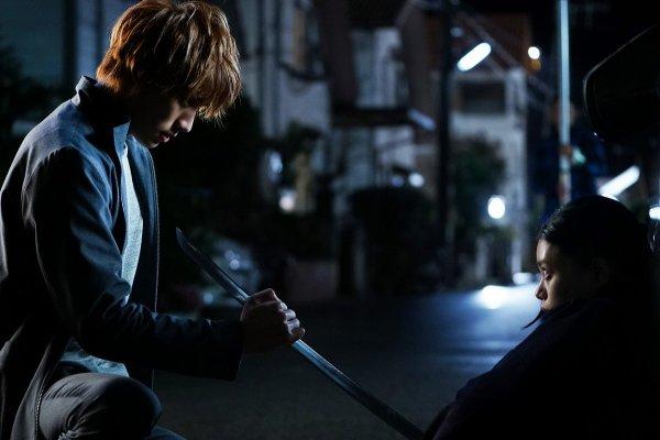 Sôta Fukushi and Hana Sugisaki in Bleach (2018)