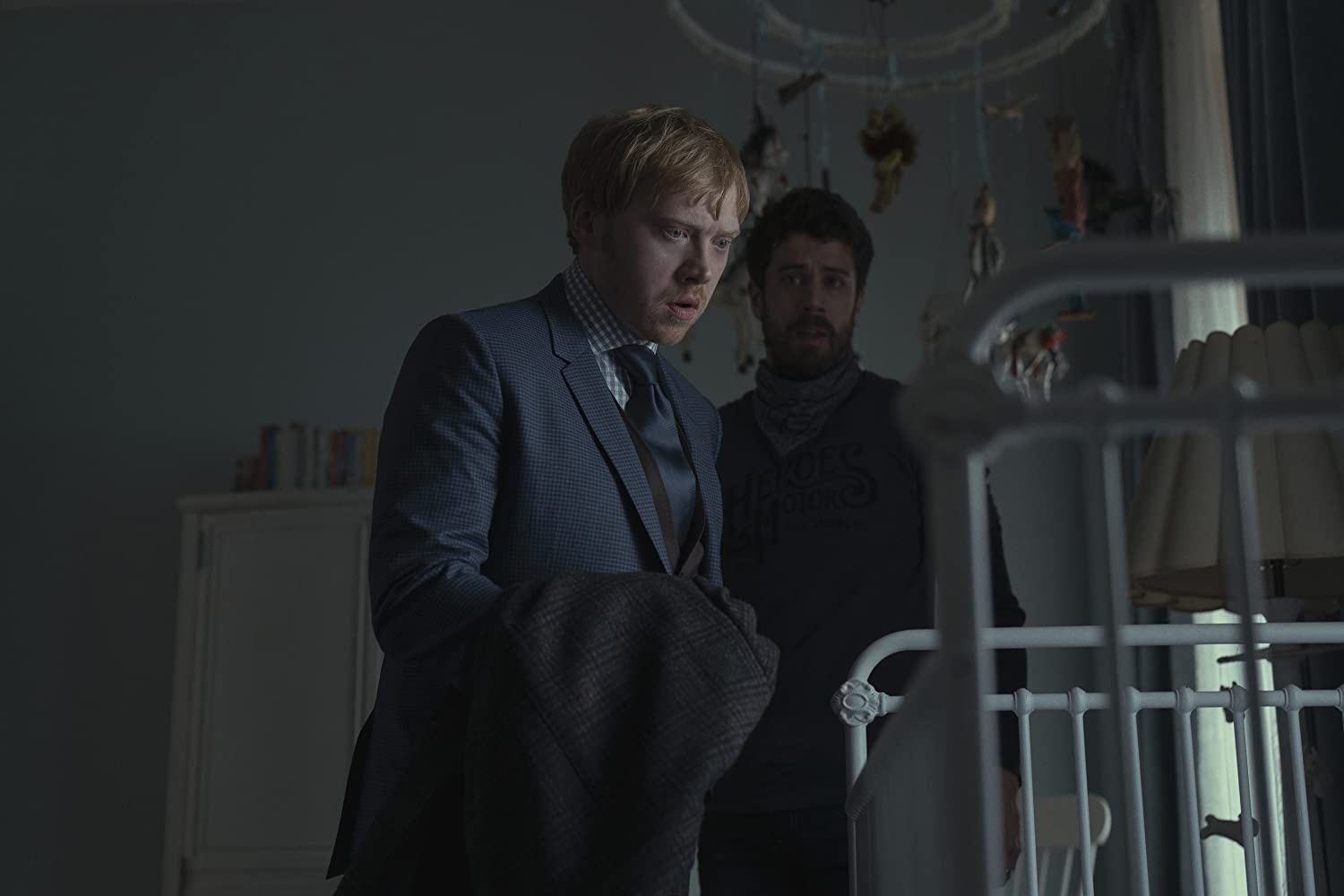 Rupert Grint and Toby Kebbell in Servant (2019)