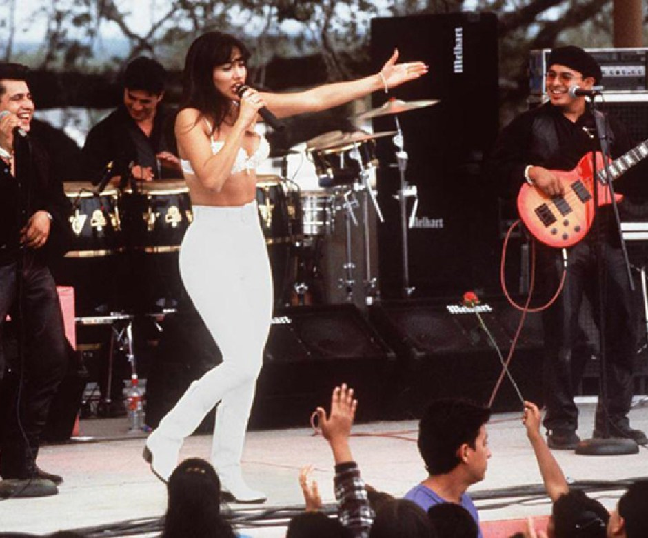 Jennifer Lopez / Selena / IMDB.com