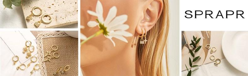 hoop earings