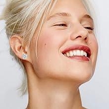 Gacimy lightweight small stud earrings