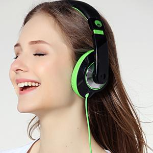 headphones, over ear headphones