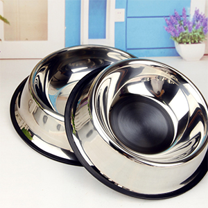 middle size stainless steel dog bowl