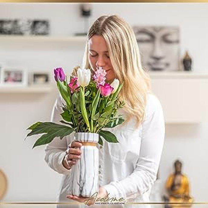 Vase Frau