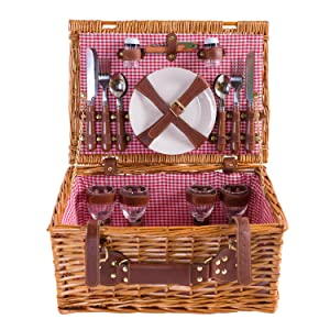 Picnic basket eEnjoy for 4 people.