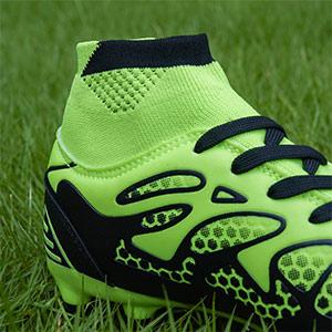 boys girls kid soccer football cleats shoes sport training athletic running exercise school baseball