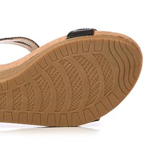 women flat outdoor sandal