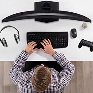 Immersive curved screen