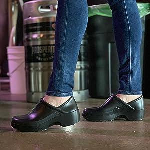 Shoes for Crews clogs
