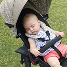 SmarTfold 700 is a kids' tricycles with a reclining seat for napping in max comfort for your baby