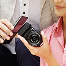 wifi, nfc, Bluetooth, share images instantly, camera with wifi. Best camera for vlogging