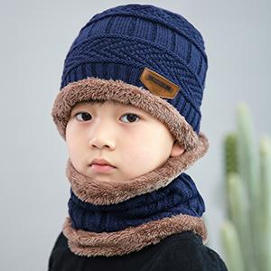 Bonnet et écharpe infinie