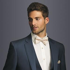 Täglicher Anzug