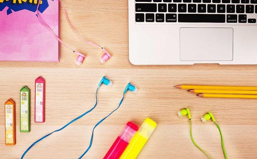 headphones earphones earbuds