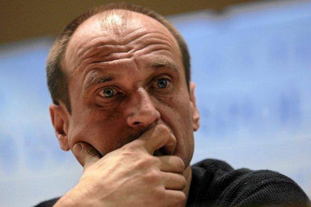 Paweł Kukiz jest przekonany, że dziennikarzami steruje system.