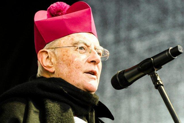 """Abp Henryk Hoser powiedział, że katoliccy posłowie, którzy opowiedzą się za in vitro, dokonają """"samowyłączenia się z Komunii Kościelnej"""""""