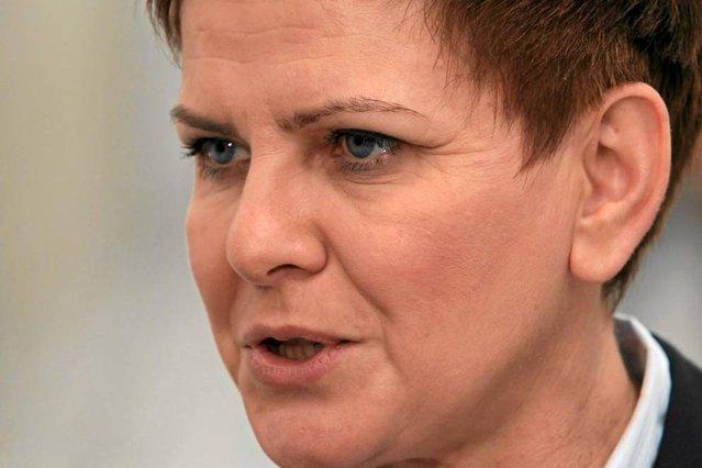 Beata Szydło nowym premierem? Politycy PO: może sobie nie poradzić.