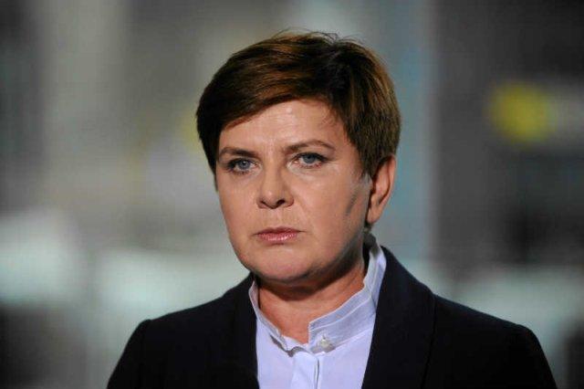 Beata Szydło kręci jak wszyscy inni politycy.