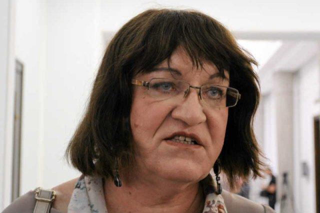 Anna Grodzka jeszcze nie podjęła decyzji, czy pozwać tygodnik braci Karnowskich.
