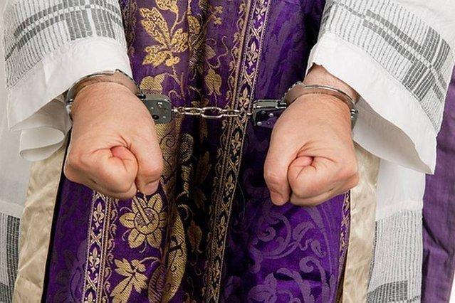 Ksiądz podejrzany o molestowanie i gwałt na nieletniej