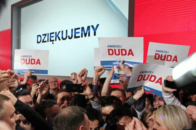 Wybory wygra Bronisław Komorowski. Tak sądzi prawie połowa elektoratu PiS