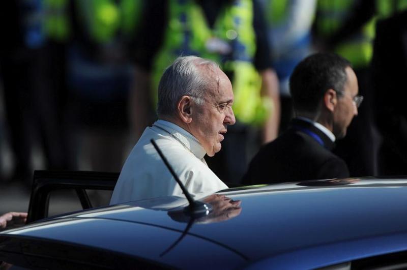 Папа Франциск и автомобилите му