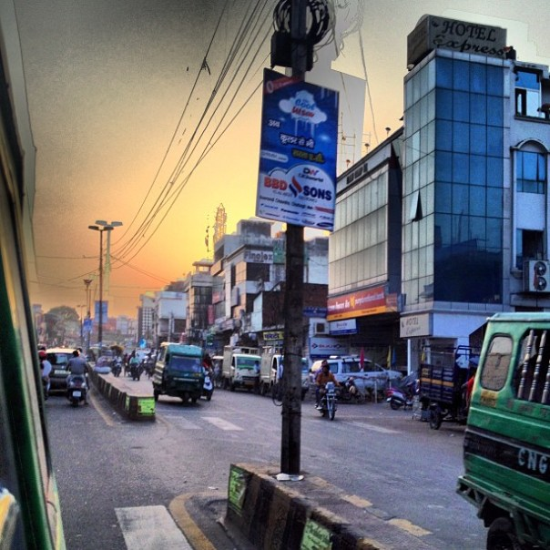 Survived a trip with a 16yr old maniac driver on a auto-rickshaw. #India