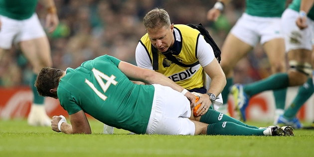Tommy Bowe down injured 18/10/2015