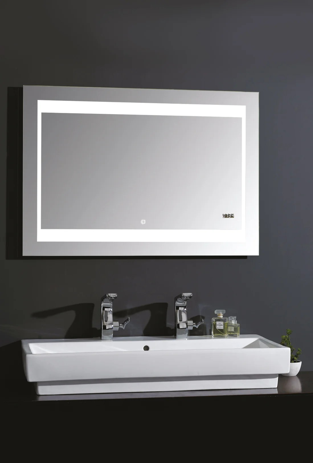 miroir lumineux avec eclairage integre l 140 x h 70 cm silver futura