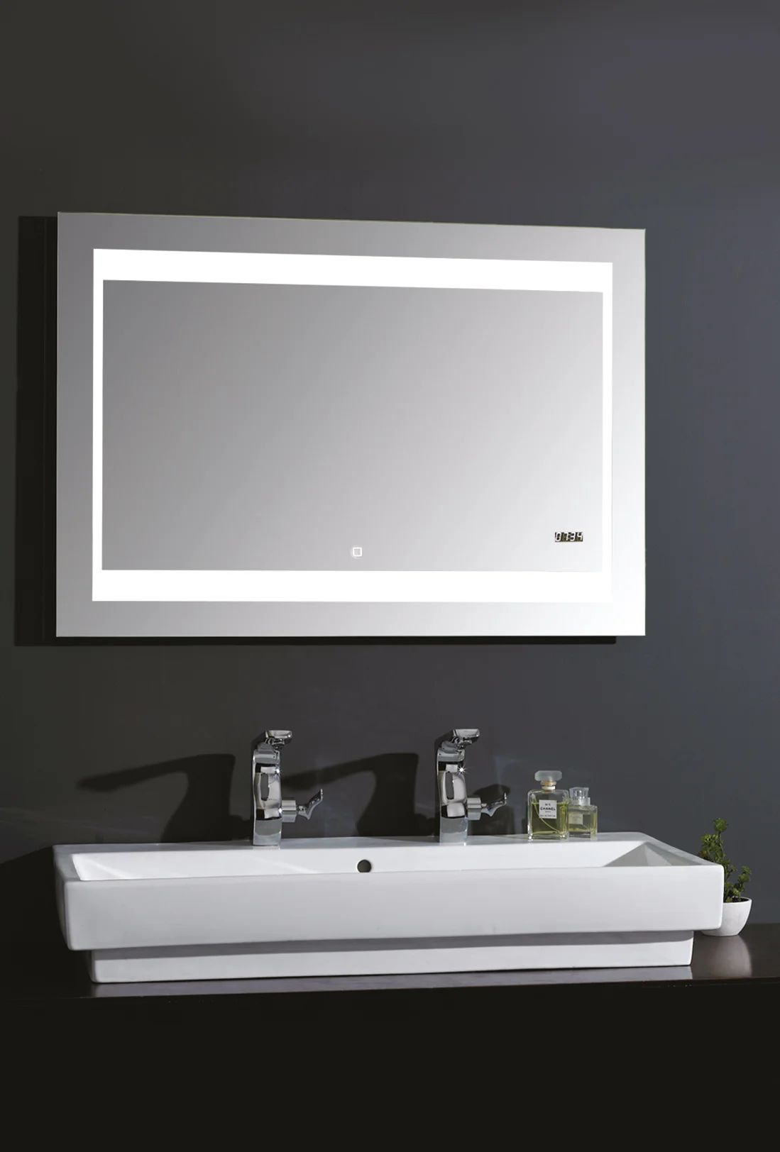 Miroir Lumineux Avec Eclairage Integre L 140 X H 70 Cm Silver Futura Leroy Merlin