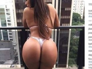 latina_big_clit