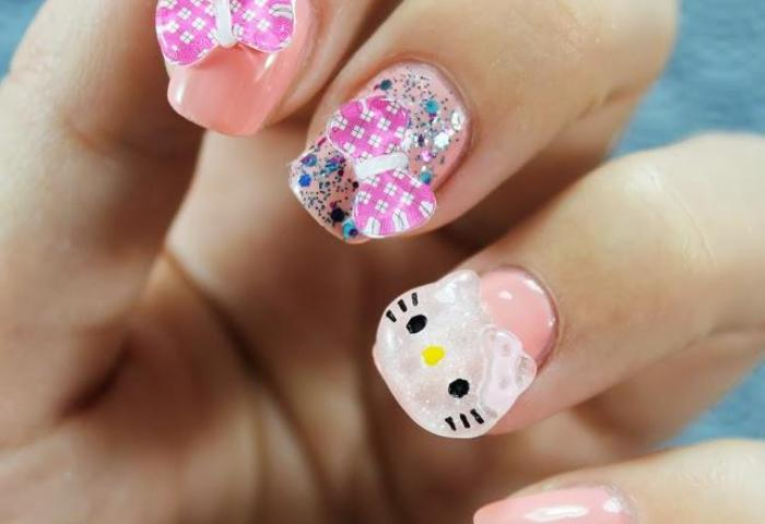 Uñas Decoradas Con Hello Kitty En 3d Paperblog