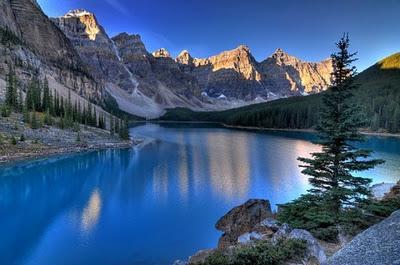 Valle de los 10 picos, Lago Moraine, Alberta, Canada