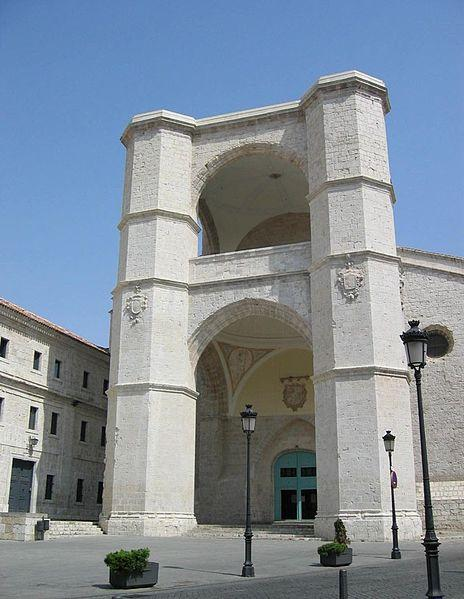 Archivo:Valladolid - Iglesia de San Benito 002.jpg
