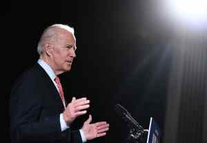 Joe Biden entre plagiat et mensonges