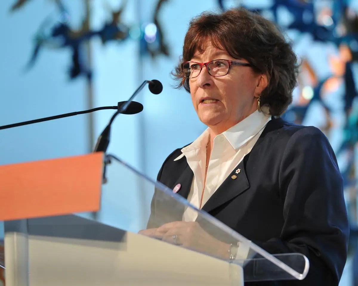 Application contre la COVID-19: Louise Arbour s'implique