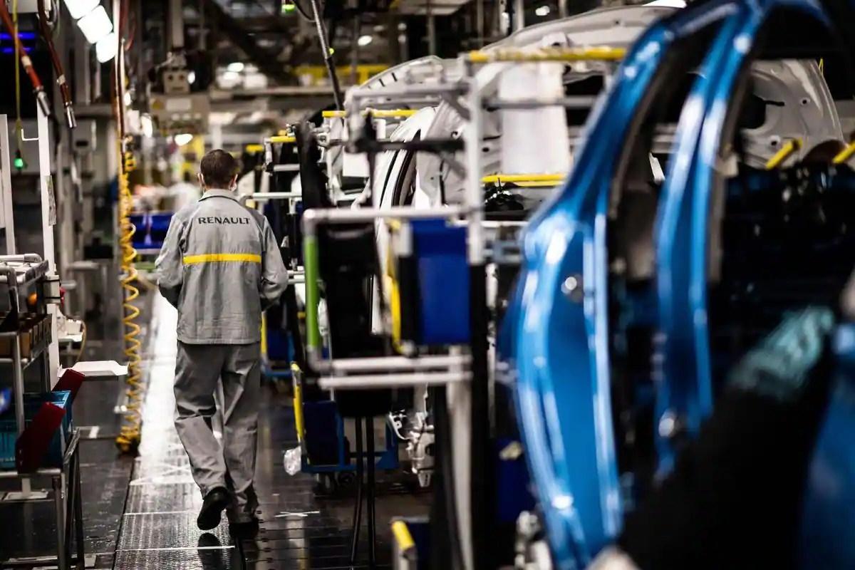 Renault prévoit de supprimer 15 000 emplois dans le monde, dont 4 600 en France