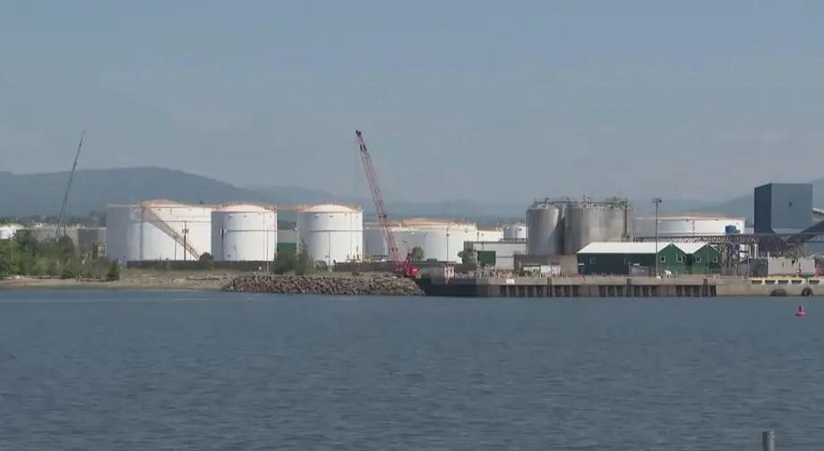Nitrate d'ammonium: le port de Québec prêt à toute éventualité